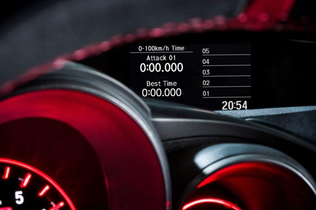 La Honda Civic Type R è probabilmente la hot hatch a trazione anteriore più focalizzata per la pista che c'è sul mercato. Anche le informazioni dedicate non fanno altro che istigarti ad iscriverti al più alto numero di track day possibile.