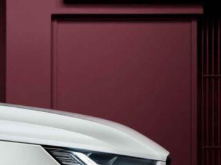 Un dettaglio del faro anteriore della Volvo XC40