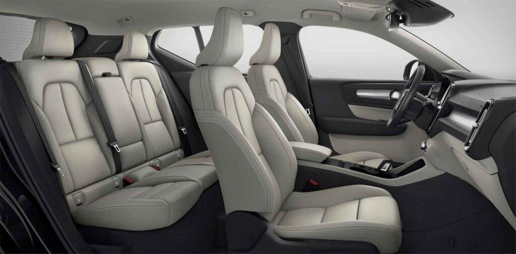 Gli interni della Volvo XC40
