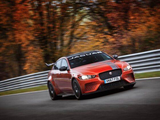 Jaguar XE SV Project batte il record al Nurburgring