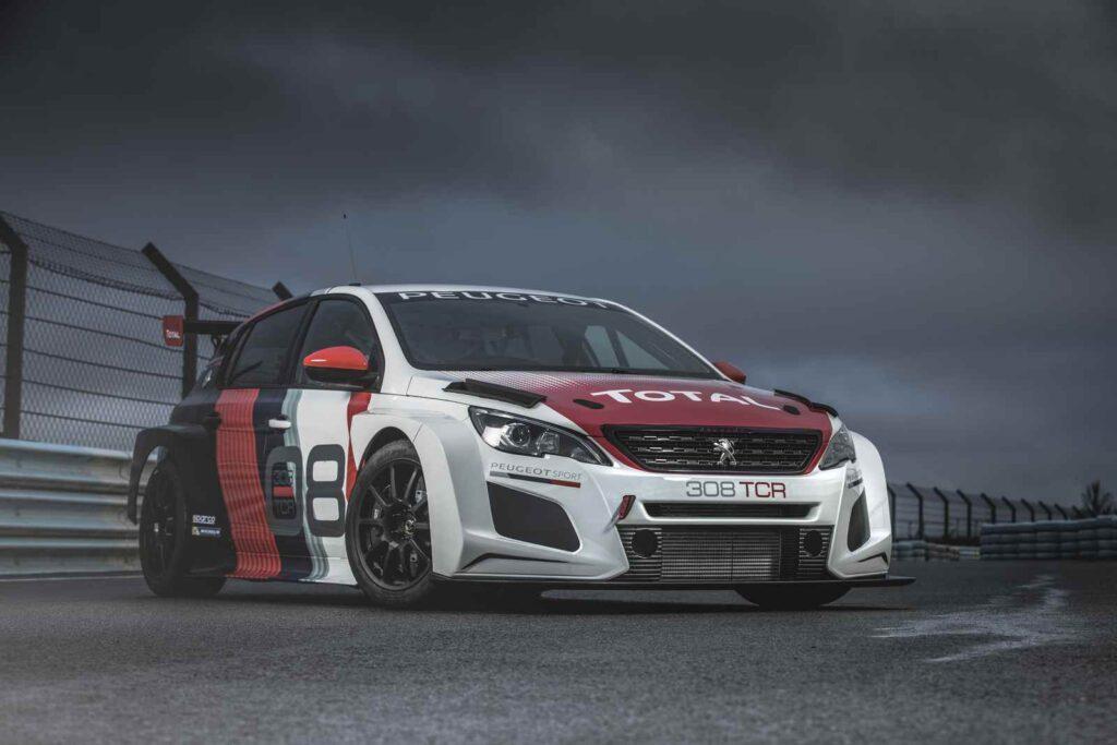 La nuova Peugeot 308 TCR. Una immagine statica anteriore