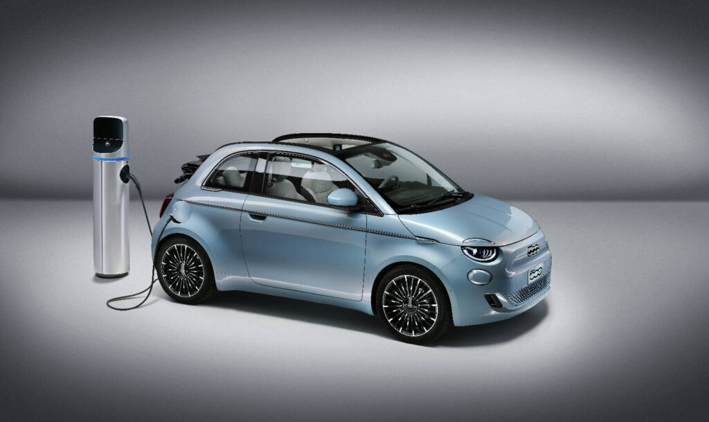 """Fiat 500 """"La Prima"""" Cabrio"""