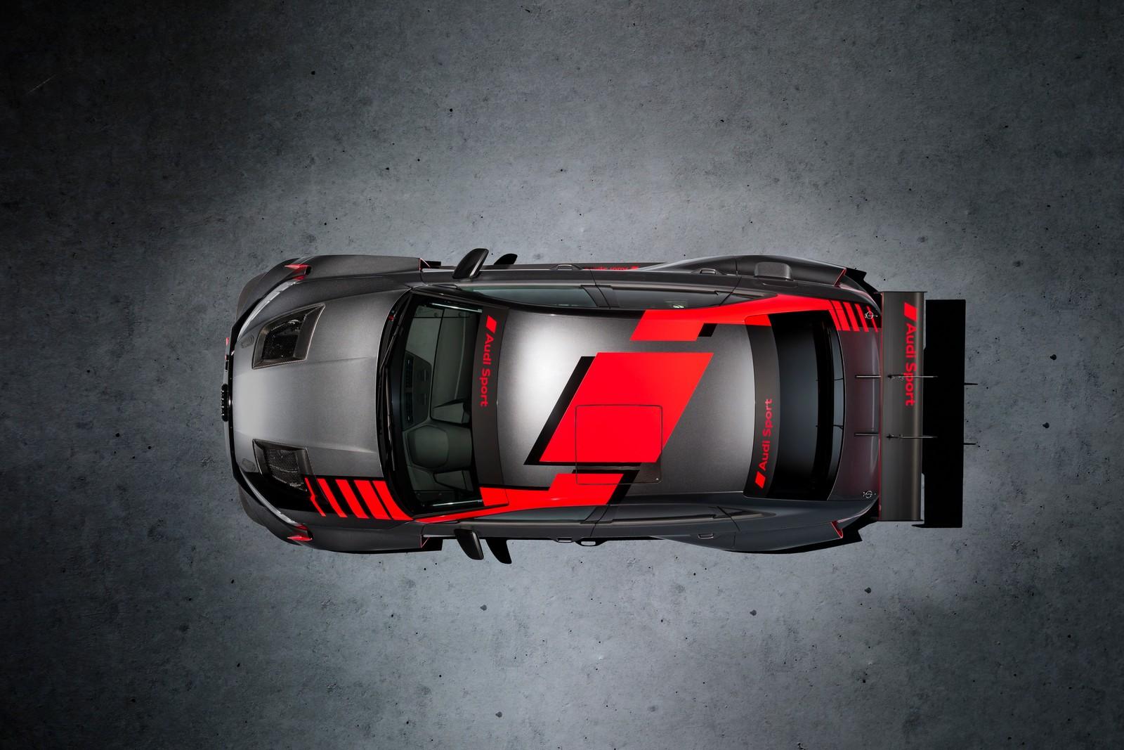 Audi RS3 LMS TCR vista dall'alto